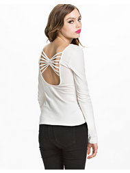 NLY Trend Butterfly Back Top