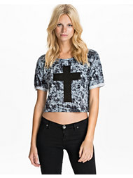NLY Trend Cross Crop Top