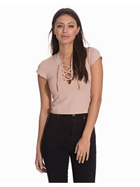 Paidat & Topit, Lace Up That Top, NLY Trend - NELLY.COM
