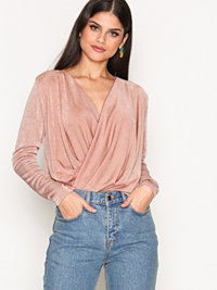 Toppar, Glam Wrap Top, NLY Trend - NELLY.COM