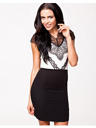 Pearl Lace Bodycon Dress