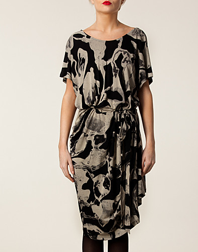 KLÄNNINGAR - DIANA ORVING / ANNA DRESS - NELLY.COM