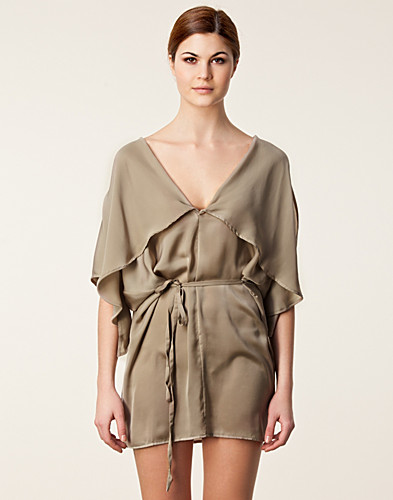 KLÄNNINGAR - DIANA ORVING / TIE DRESS - NELLY.COM