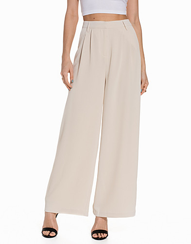 Nelly.com SE - VIFERA FLARED PANT 449.00