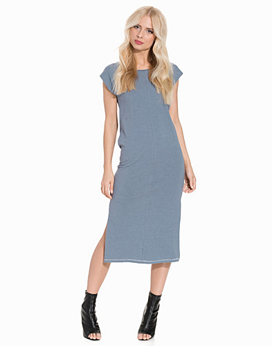 Nelly.com SE - OBJSANDY S/S LONG DRESS .I 84 199.00
