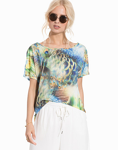 Nelly.com SE - onlPEACOCK S/S TOP JRS 279.00