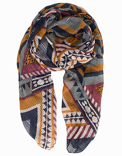 Nelly.com SE - PCDRALA LONG SCARF 159.00