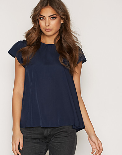 Nelly.com SE - VMEMILY CAPSLEEVE TOP A 100.00 (159.00)