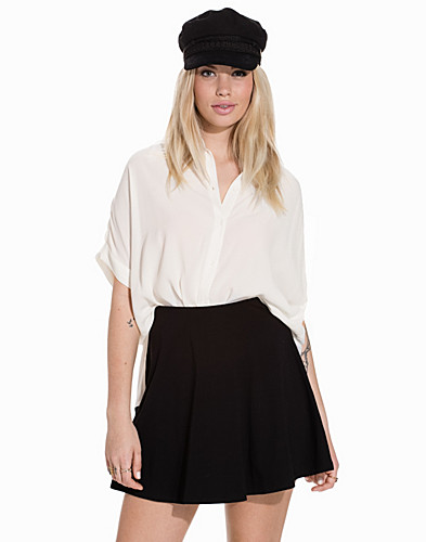 Nelly.com SE - Boxy Shirt 649.00