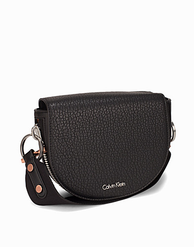 QUINN SADDLE BAG (2298385305)