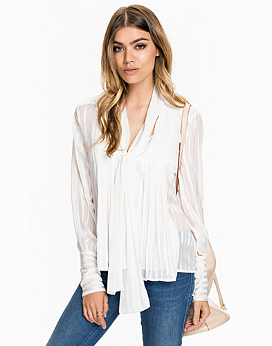 Nelly.com SE - Tied Blouse 499.00