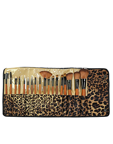 Brush Set 18 Brushes (1882320707)