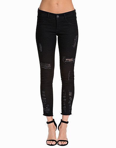 Destroyed B Skinny Jeans