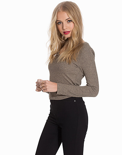 Notch Neck Crop Top (2113603595)