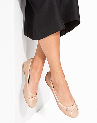 Stone Faux Leather Ballet Pumps (2226917449)