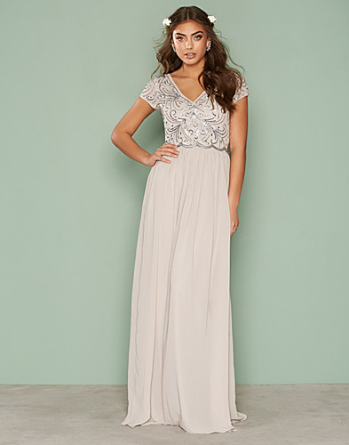 Nly Eve - Decor Short Sleeve Gown