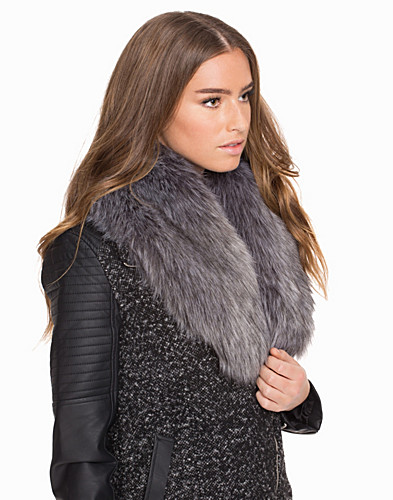 Fake Fur Collar (2029931429)