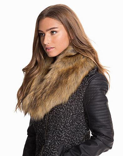 Fake Fur Collar (2029931357)