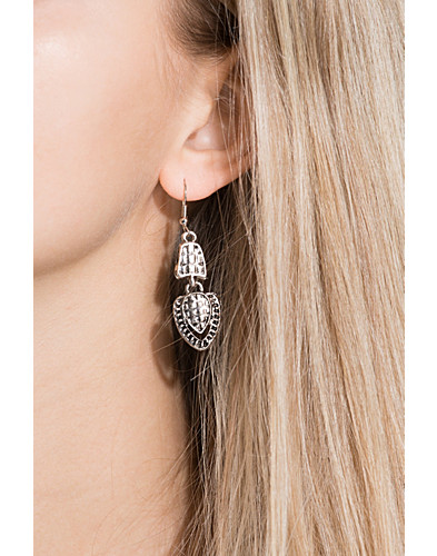 Earrings (2119293119)