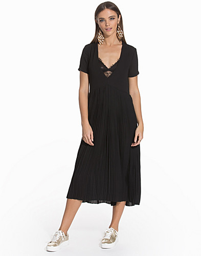 Behind The Pleats Dress (2116587971)