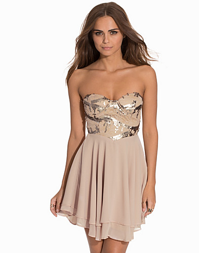 3D Rose Detailed Bandeau Dress (2079639161)