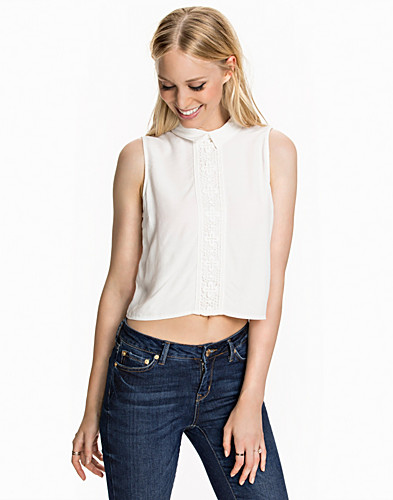 Nelly.com SE - Lace Collar Shell Top 279.00 (399.00)