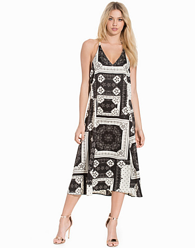 Bandana Print Ring Slip Dress (2192265179)