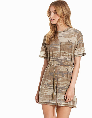 Camo Belted Tee Dress (2224360961)