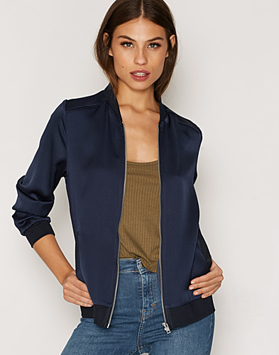 Nelly.com SE - Satin Bomber 649.00