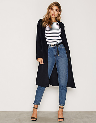 Nelly.com SE - Wool Butted Seam Coat 500.00 (999.00)