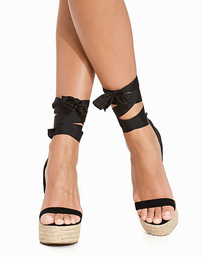 Lace Up Wedge Sandal (2232547653)
