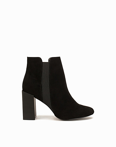 Square Heel Ankle Boot (2086890337)