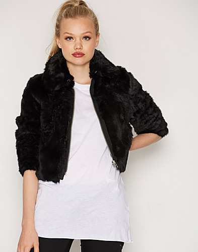 Nelly.com SE - Pace Fur Jacket 1595.00