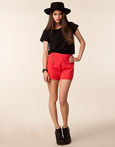 Anni Double Botton Shorts