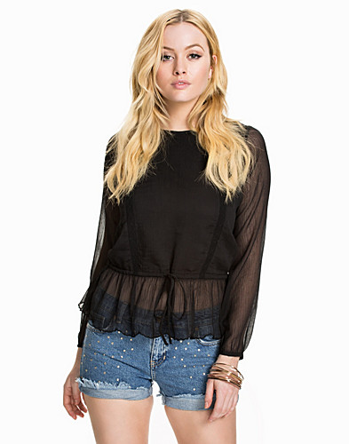 Nelly.com SE - Ingrid Blouse 299.00
