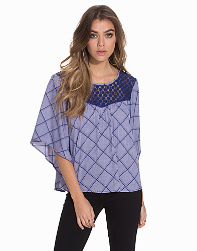 Nelly.com SE - Must Sunny Print Blouse 259.00