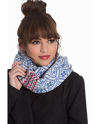 Nelly.com SE - Good Vibrations Tube Scarf 699.00