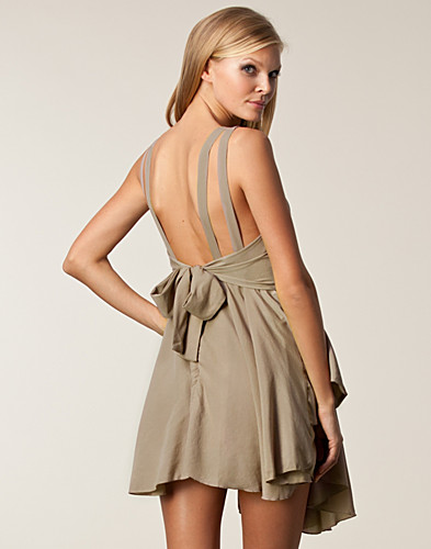 Open Back Tie Knot Dress