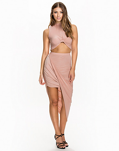 Slinky Top and Skirt (2047567411)