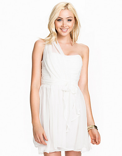 one-shoulder-prom-dress