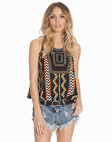 Aztec Embroidered Top (2137414833)