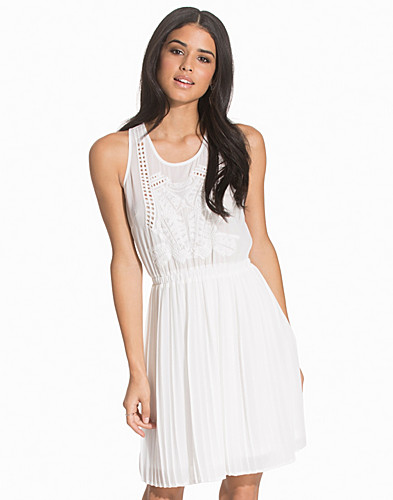 Chiffon Layered Sleeveless Dress (2138141373)