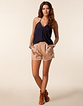 Trousers & shorts , Roma Shorts , Estradeur - NELLY.COM