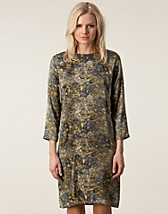 Party dresses , Cilla Dress , Whyred - NELLY.COM