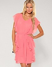 Mielo Dress SEK 699, Soaked in Luxury - NELLY.COM