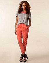 Trousers & shorts , Tian Pants , Storm & Marie - NELLY.COM