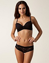 Hela set , Soft Wireless Bra Set , Wonderland - NELLY.COM