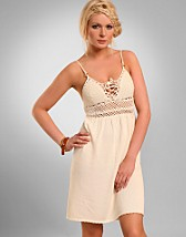 Grecie Grecian Dress SEK 999, French Connection - NELLY.COM