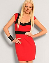 Sarah Jersey Dress SEK 749, French Connection - NELLY.COM