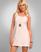 Kimmie Top SEK 379, Cream - NELLY.COM